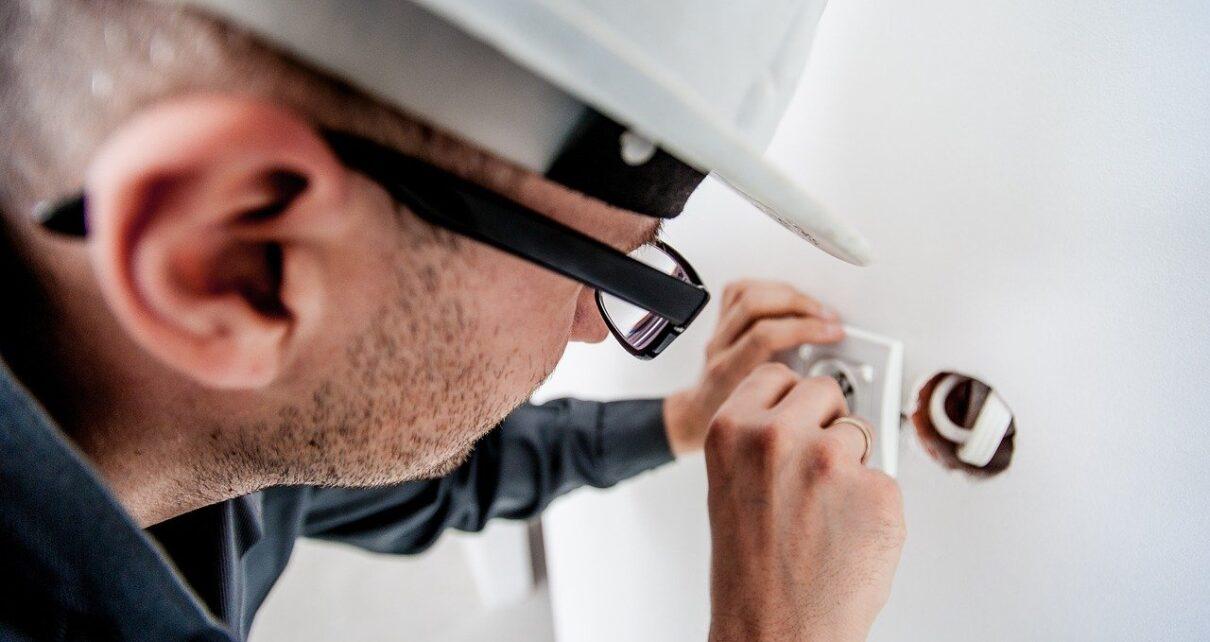 Dépannage électrique : quelques conseils pratiques pour avoir le meilleur prix